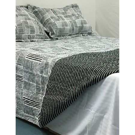 quilt-2-plazas-estampado-reversible-blanco-negro