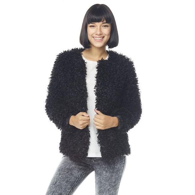 Chaqueta-Corta-Pelo-Furry-coat-Negro