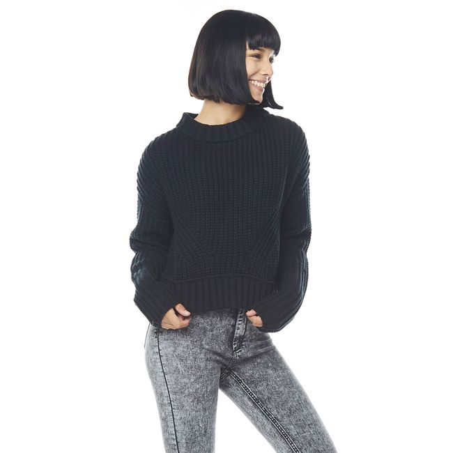 Sweater-Crop-Cuello-Alto-Chunky-Negro